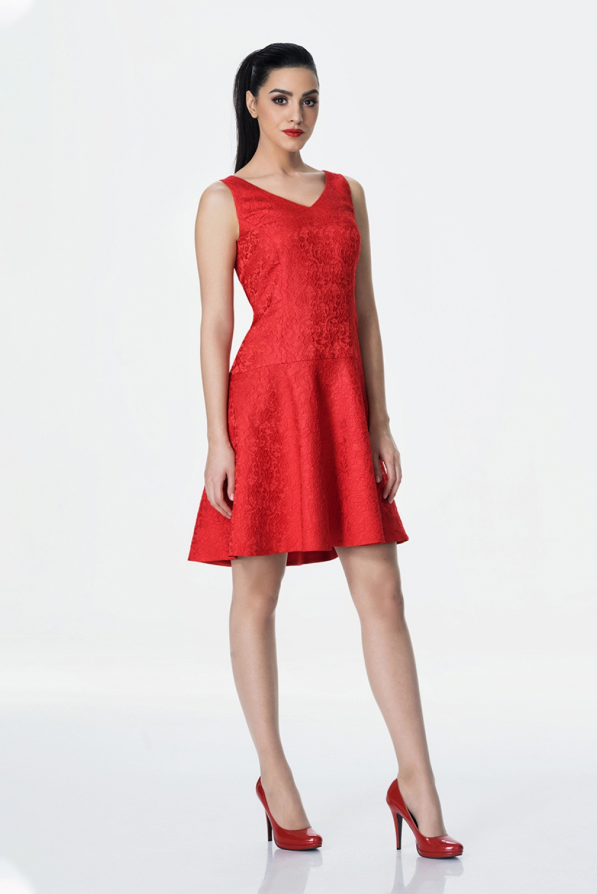 Red flared jacquard dress